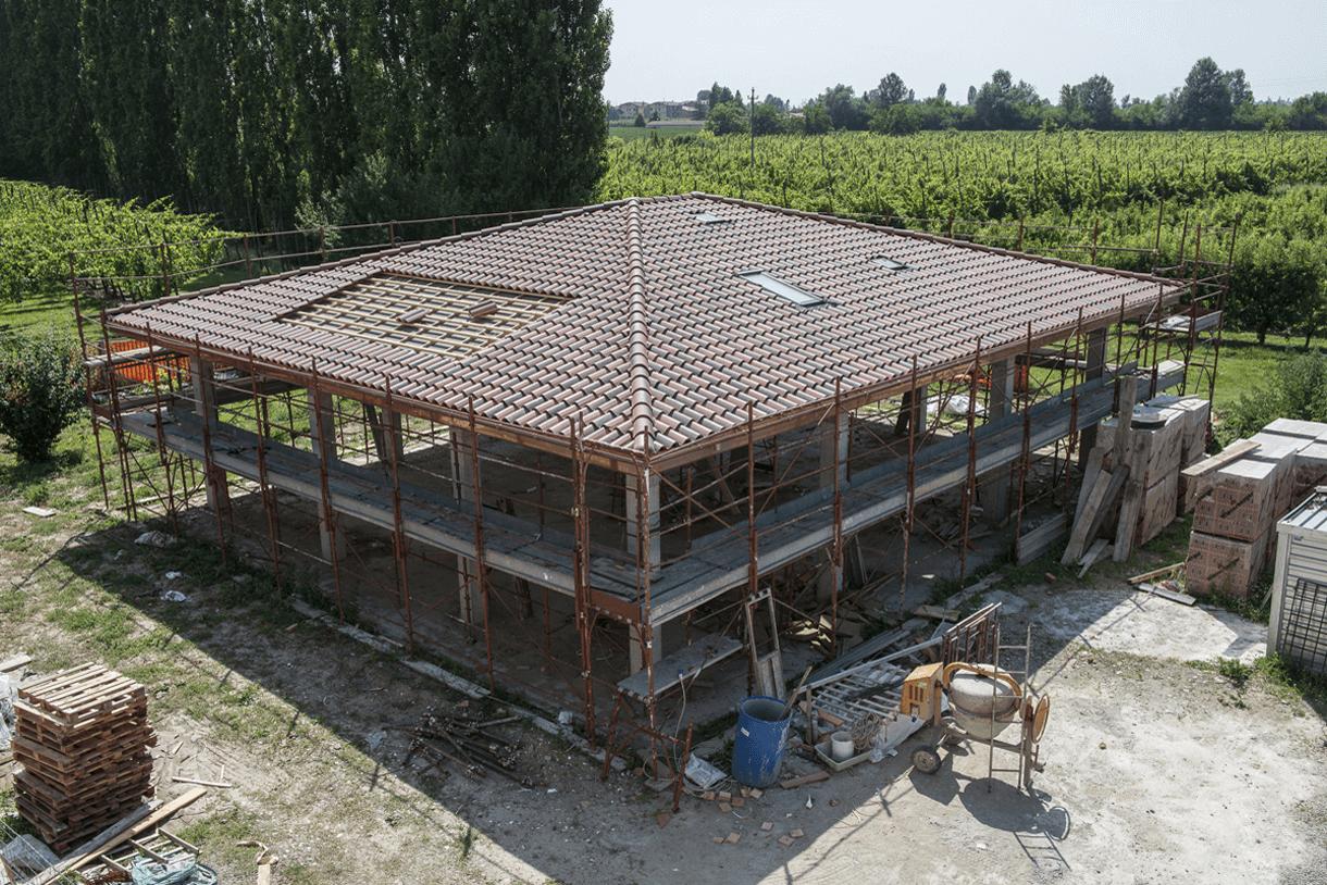 Deposito agricolo B. /Ravarino