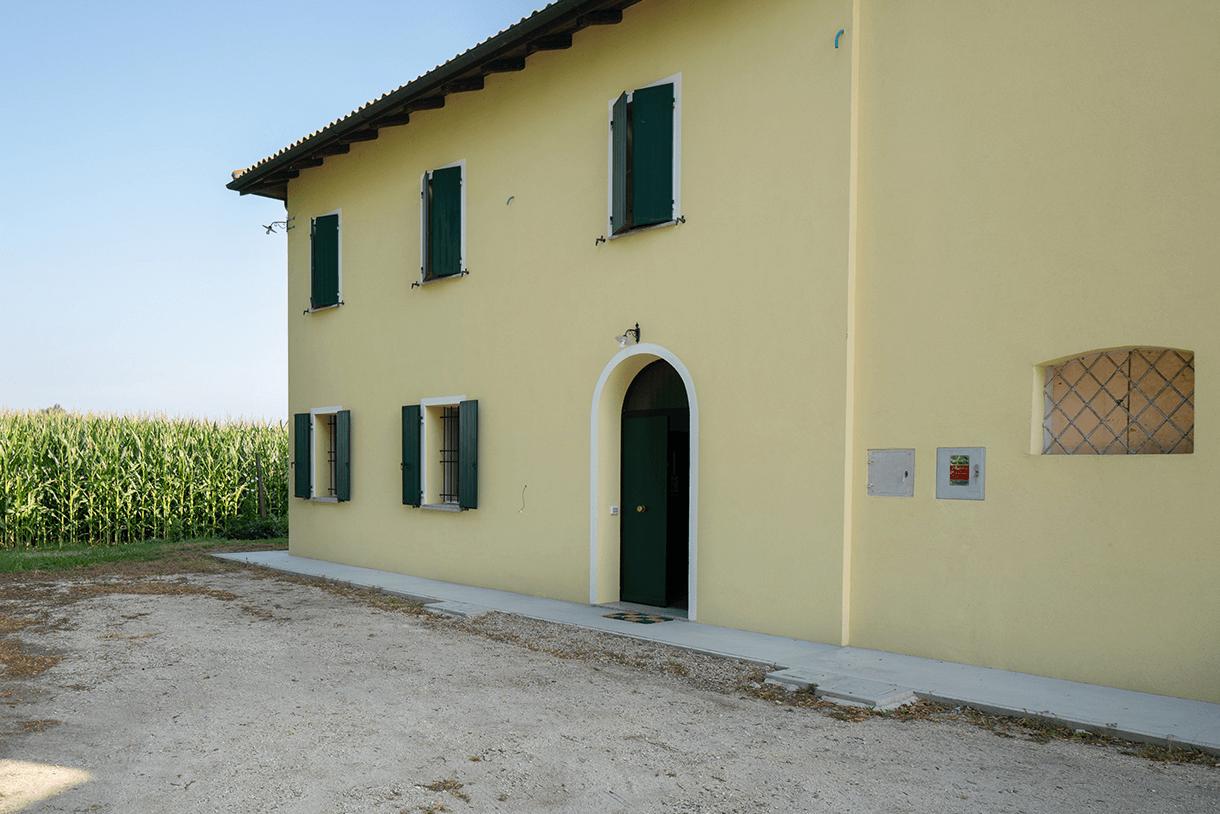 Casa e Fienile B. /Galliera