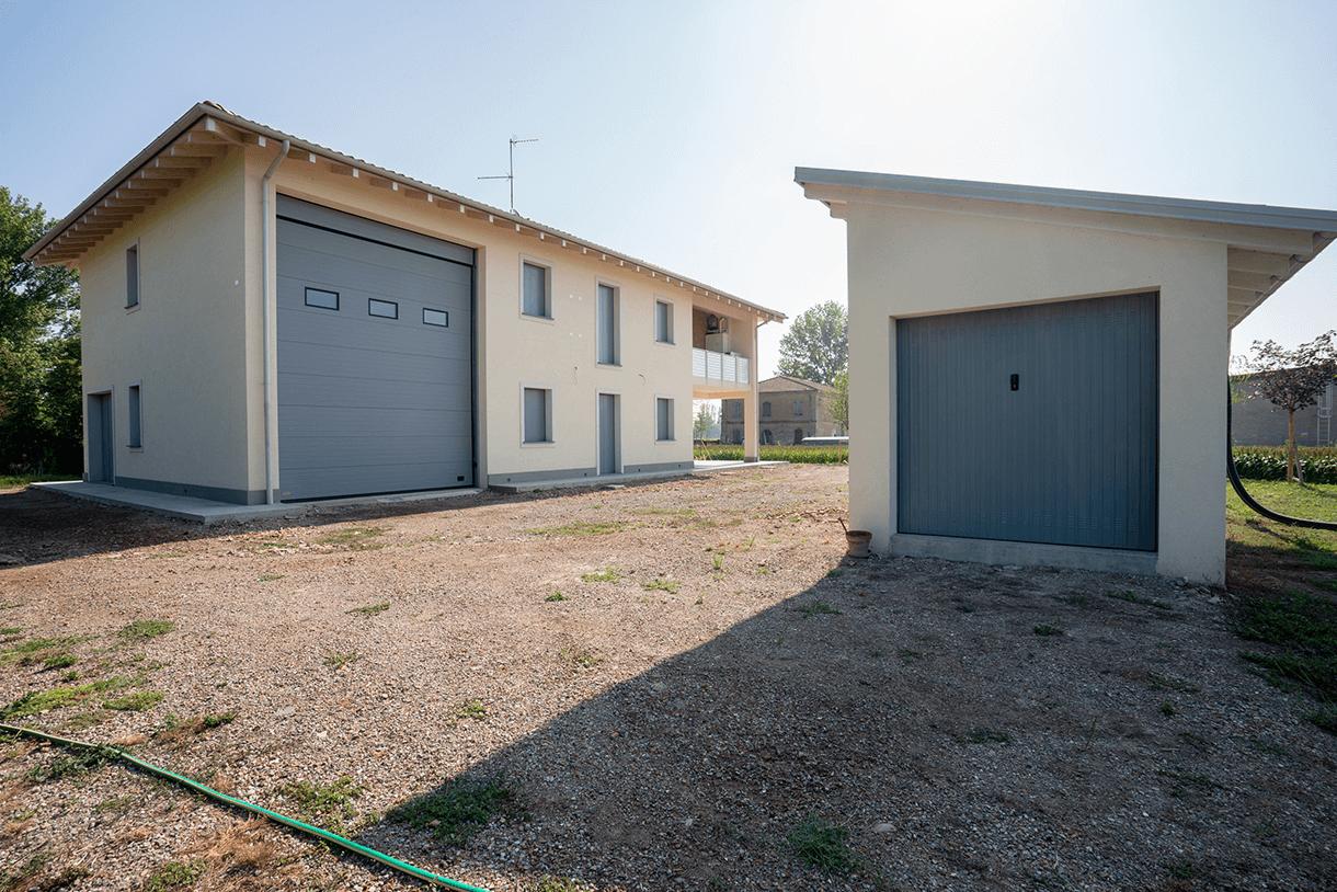 Casa e Deposito T. /San Pietro in Casale